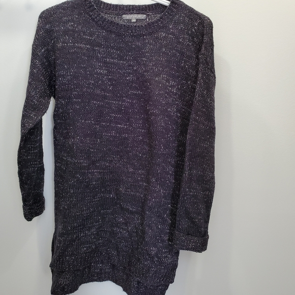 🌟 black and silver sweater - new